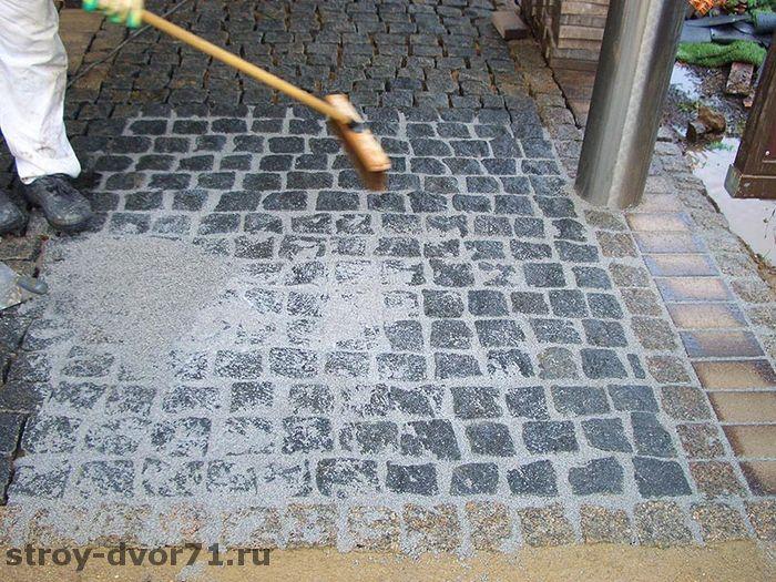 Заделка швов при укладке плитки на песок